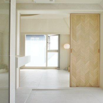 居室の引き戸は全開できます