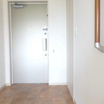 玄関はペット用にスペースが