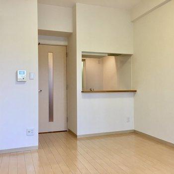 家具の配置もしやすそうですよ(※写真は5階の同間取り別部屋のものです)