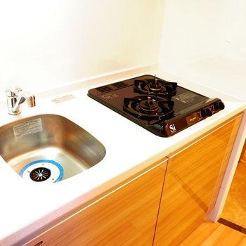 このキッチンは活用したくなる※写真は11階の同間取り別部屋のものです