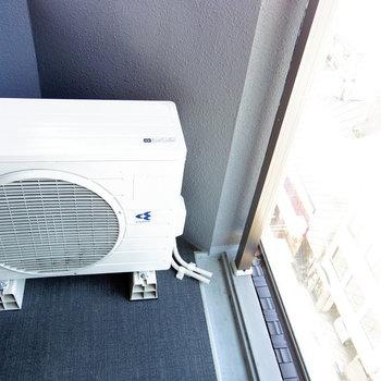 バルコニーも丁度良い※写真は11階の同間取り別部屋のものです