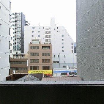 眺めはこんな感じ※写真は5階の同間取り別部屋のものです。