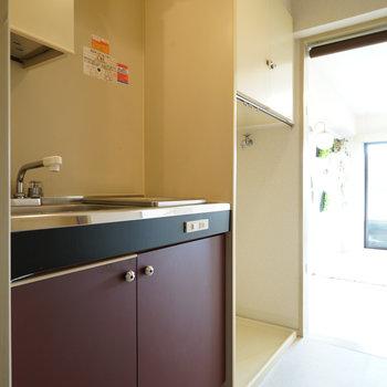 廊下にキッチンがあるのがいいですね!