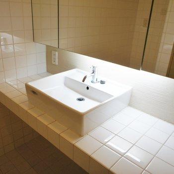 洗面台もシンプルでカッコいい