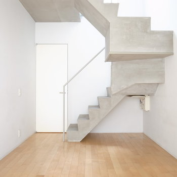 階下の秘密基地