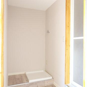 脱衣所。引き戸が可愛いんです!※写真は前回募集時のものです。