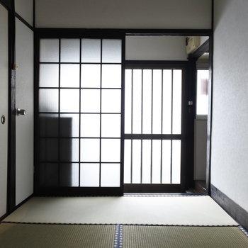 玄関わきのガラス扉がおきにいり。
