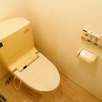 トイレはウォシュレットつきです!