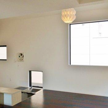 明り取りの窓が多くgoodです※写真は前回募集時のもの。