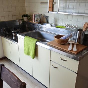 キッチンは古めですが、広さは十分。