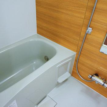 お風呂は新品追い焚き付き!※写真はイメージです