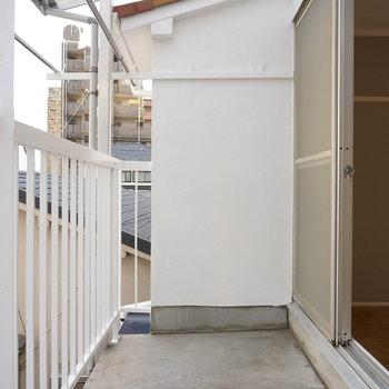 2階】ベランダもゆったりサイズ