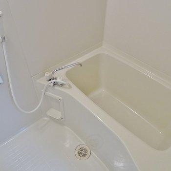 お風呂の広さは普通