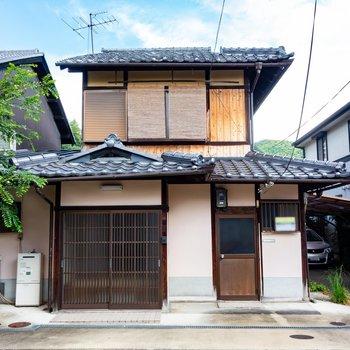 1926年築の京町家です。