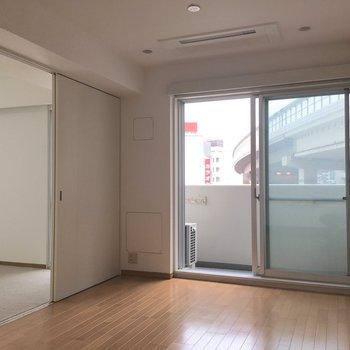 【LDK】隣の部屋を見てみましょう。