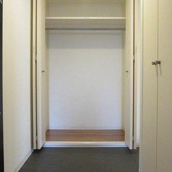 収納は小さめ※写真は3階の同間取り別部屋のものです