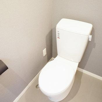 トイレは小物のブラックを効かせて※写真は前回募集時のものです