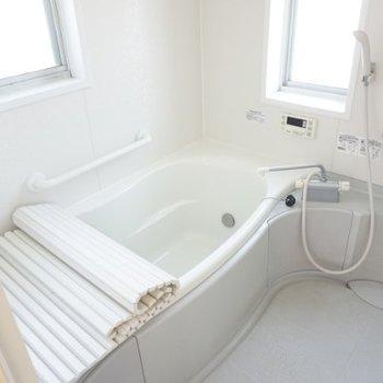 お風呂が広いんです!気持ちよさそ〜