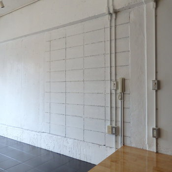 壁は白塗装のスケルトン ※写真は前回募集時のものです