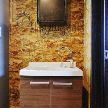 【2F】少しコンパクトな洗面台※写真は前回募集時のものです。