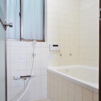 【2F】お風呂はタイルで。※写真は前回募集時のものです。
