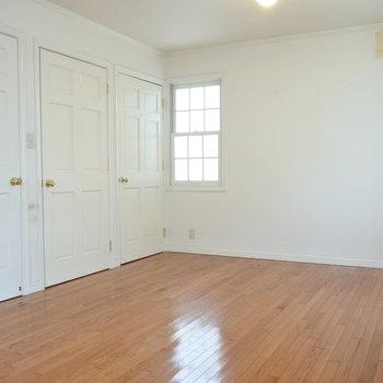主寝室テーマカラーはホワイト。