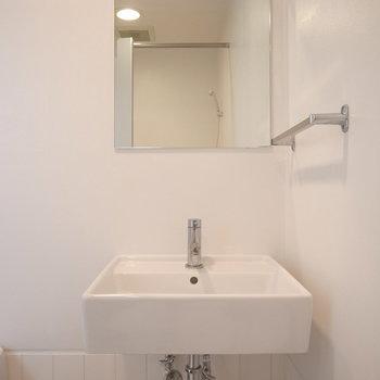洗面台シンプル