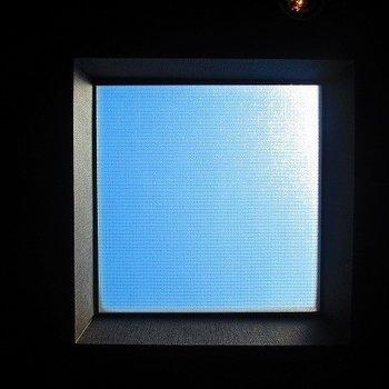 ロフトにある天窓。青空がきれいでした。※写真は別部屋