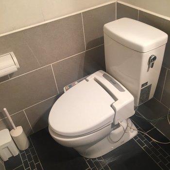 クールな雰囲気のトイレです!