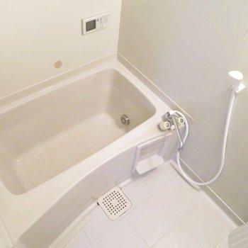 お風呂もキレイに。追い焚きつき