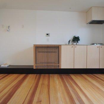 キッチンのデザインもいい感じ