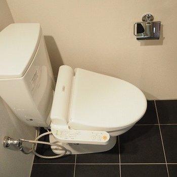 開放感のあるトイレ※写真は別部屋です