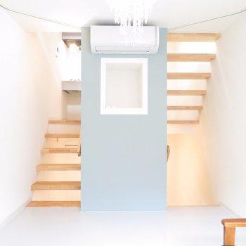【2階】小さな収納も。癒しの観葉植物を置きたい。※写真は前回募集時のものです