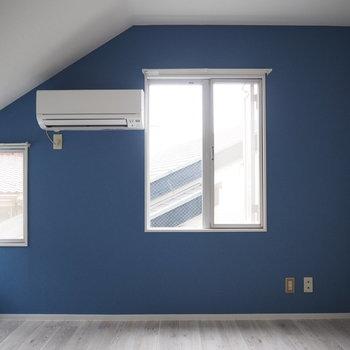 3階で最上階なので天井がななめってます※写真は前回募集時のものです