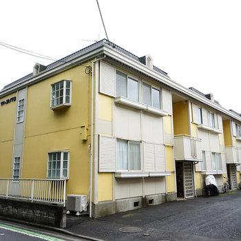 黄色の可愛い建物です♪