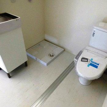 トイレ&洗面台。※写真は前回募集時のものです