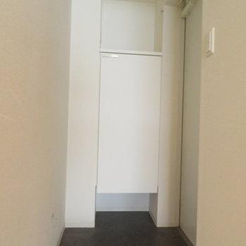 玄関もそれなりに広いですね