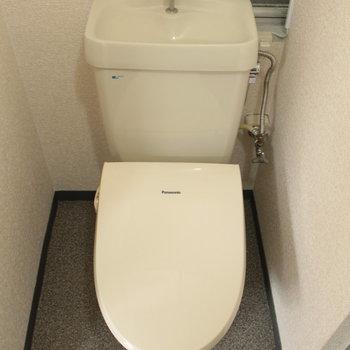 トイレはなぜか新し目