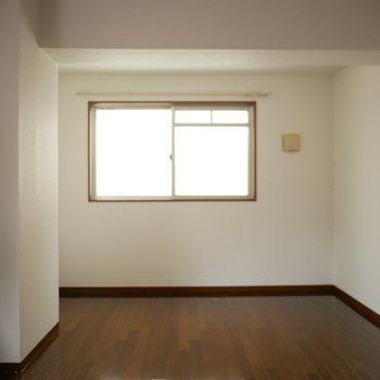 洋室は10帖と広い!
