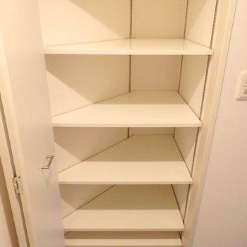 靴箱にもたっぷり収納できます。(※写真は2階の同間取り別部屋のものです)