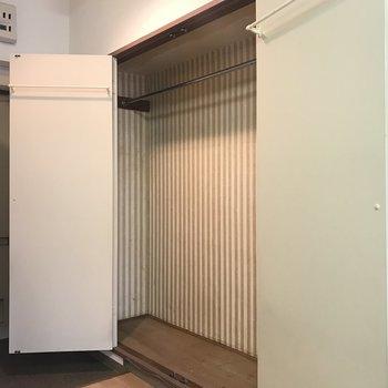 いっぱい入るクローゼット!!