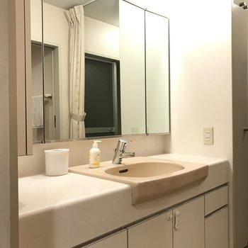 鏡が広くて良い
