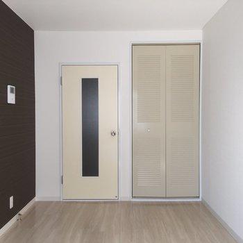 長方形がたくさん…※写真は2階の似た間取り別部屋のものです