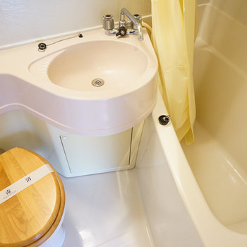 トイレは木製便座に!