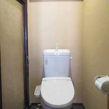二階のトイレは使い勝手重視
