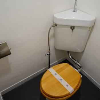 トイレは木製便座♪※写真は前回募集時のものです。