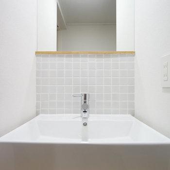 オリジナルの独立洗面台も設置。※写真は前回募集時のものです。