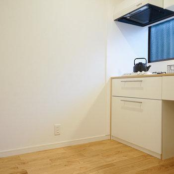 2口ガスキッチンもゆったりした空間※前回募集時の写真です