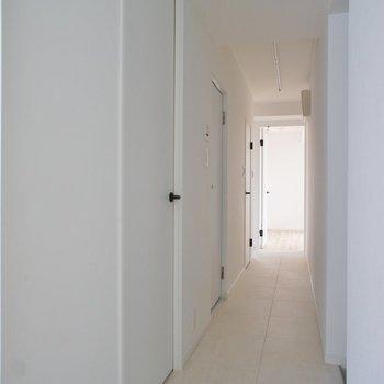 廊下がながーーい!