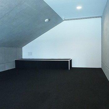 ロフトは1.4メートルくらいの高さです※写真は別部屋